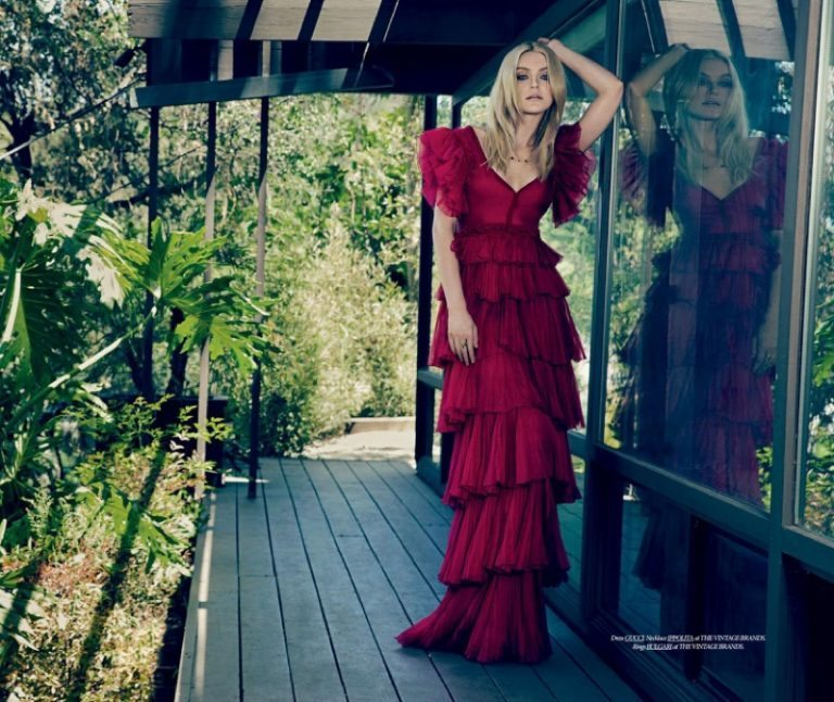 Jessica-Stam-Dress-Kill-Summer-2016-Cover-Editorial04-768x646Model Jessica Stam shows off Gorgeous Summer Blonde Locks